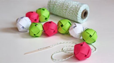 Гирлянда из шаров родными руками