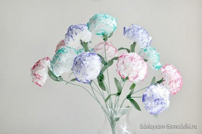 Букет из картонных цветов, цветочки из салфеток