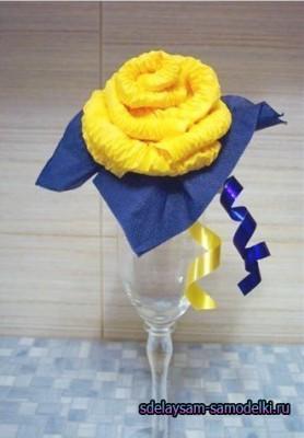 Роза из салфетки