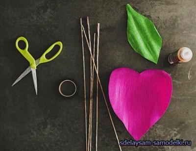 Как сооружать цветок из бумаги