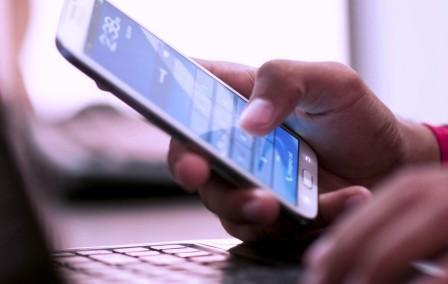 Как оплатить услуги сотовой связи через электронные системы?